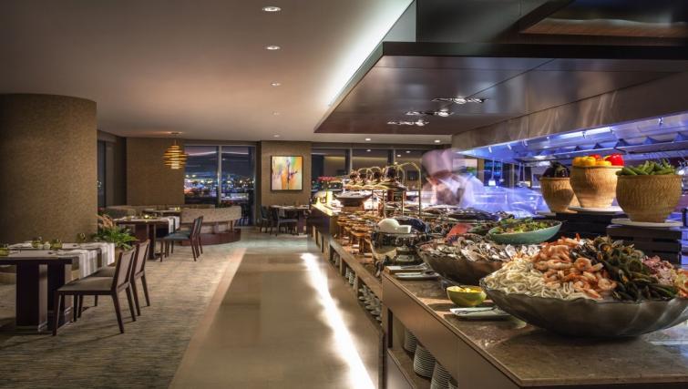 Restaurant at City Centre Rotana Apartments