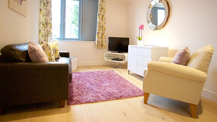 Bright living area at Pringle House Apartments