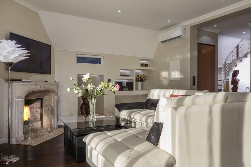 TV at Villa Vinicia Apartments