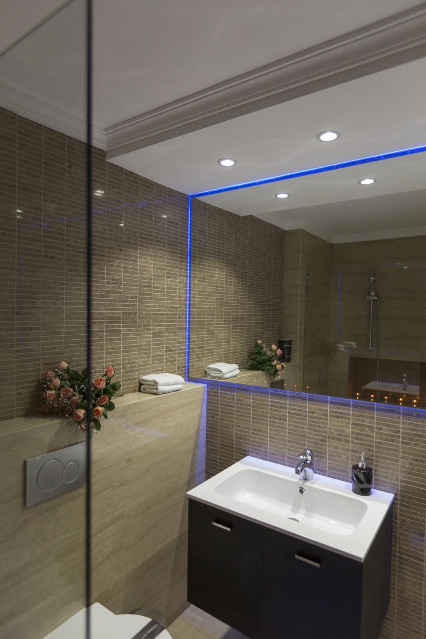 Bathroom at Villa Vinicia Apartments