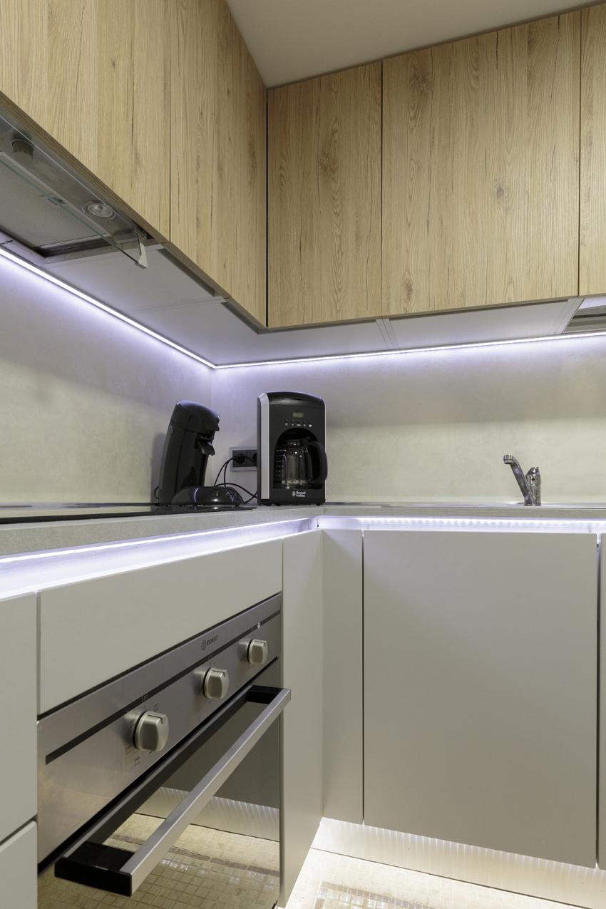 Kitchen facilities at Villa Vinicia Apartments