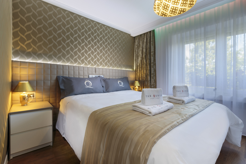 Modern bedroom at Villa Vinicia Apartments