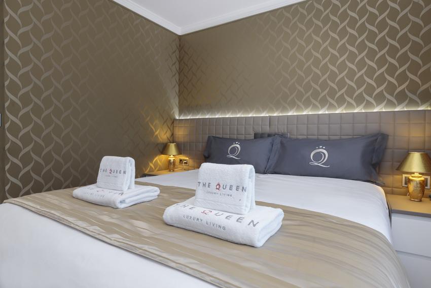 Stylish bedroom at Villa Vinicia Apartments