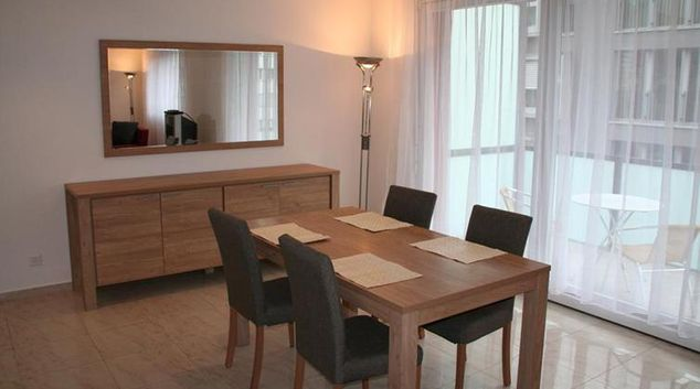 Dining table at Bundesstrasse Apartment