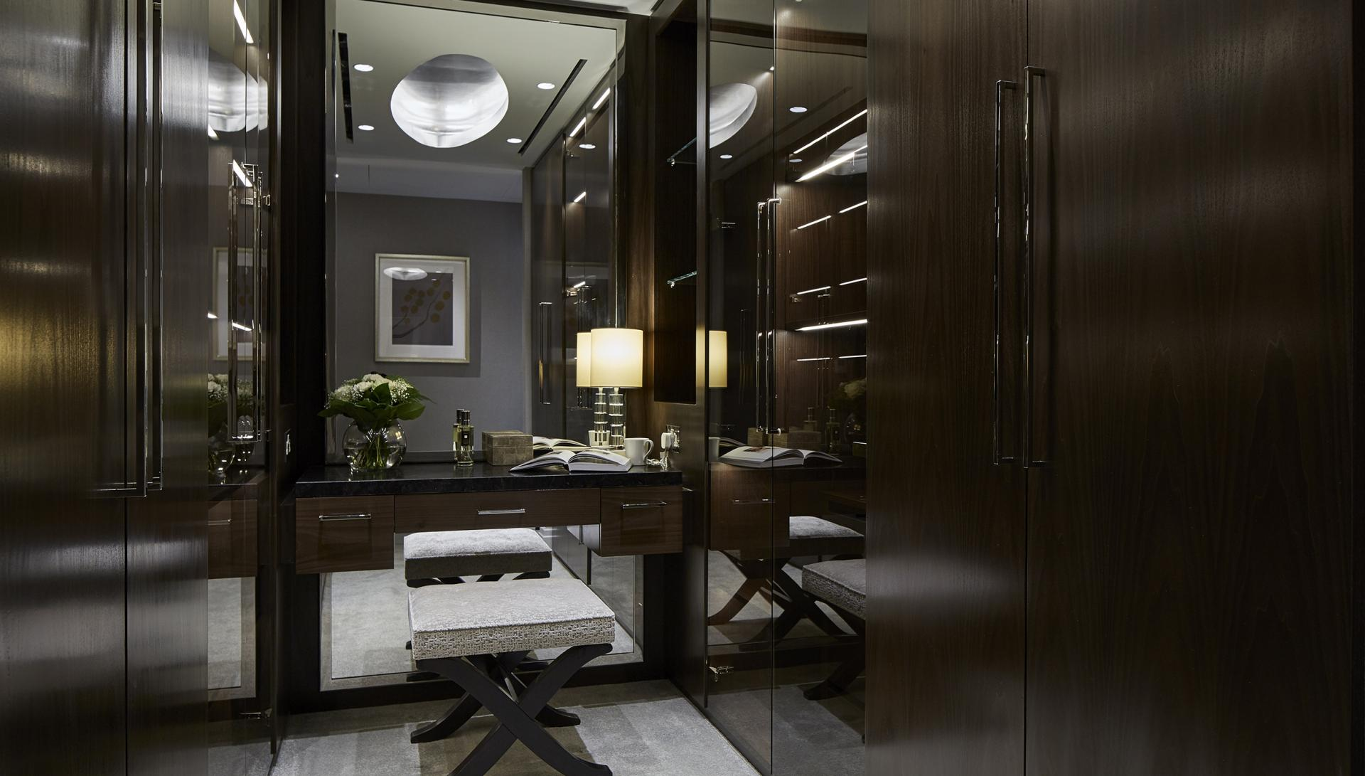 Dressing room at Cheval Hyde Park Gate