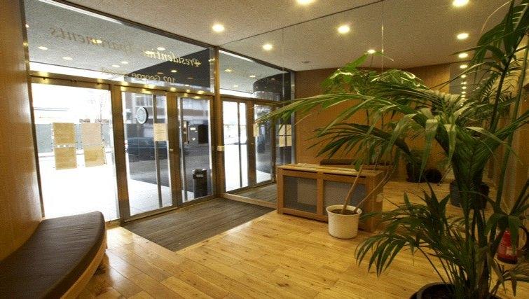 Memorable lobby area at Presidential Marylebone Apartments