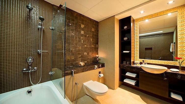 Bathroom at Park Hotel Apartments