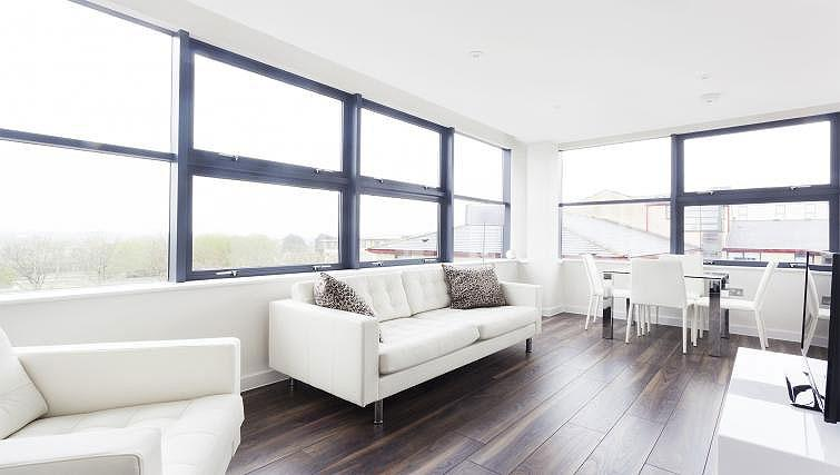 Open plan living area at City Stay Apartments Centro