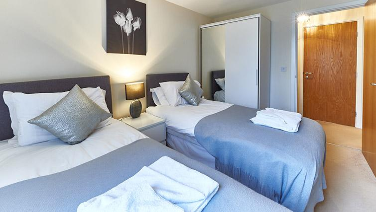 Twin beds at Vizion Milton Keynes Apartments