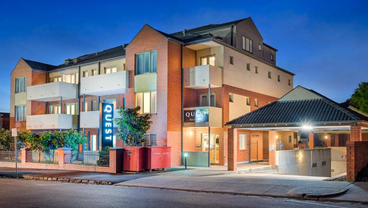 Quest Kew Serviced Apartments - Melbourne - SilverDoor