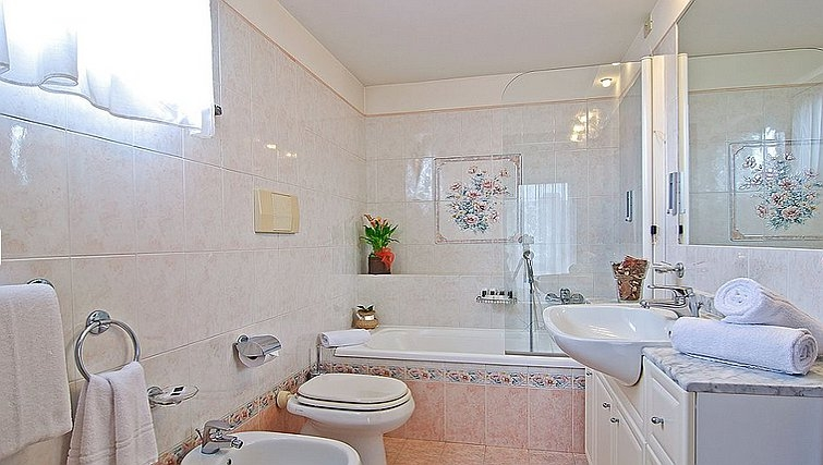 Bathroom in Ville I Triangoli
