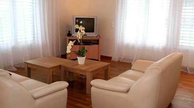 Living area at Baarerstrasse Zug Apartment