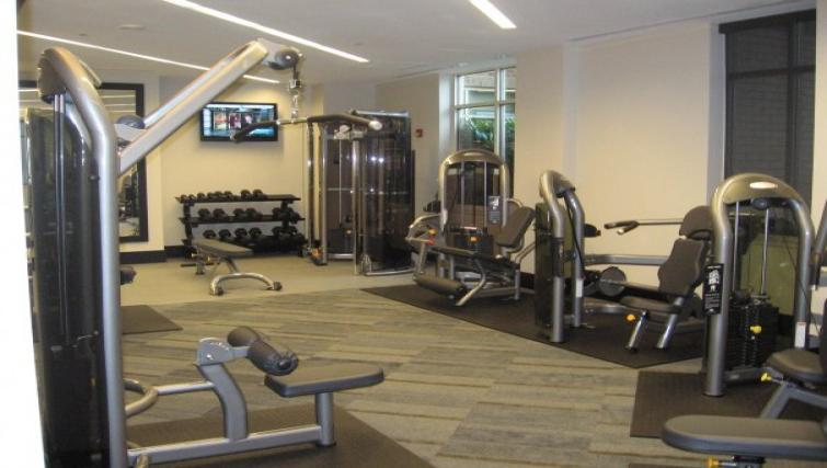 Fitness centre at Meridian at Pentagon City