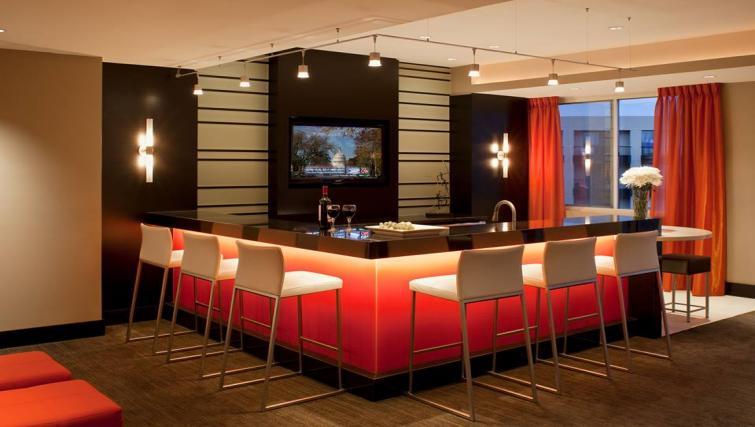 Bar at Meridian at Pentagon City