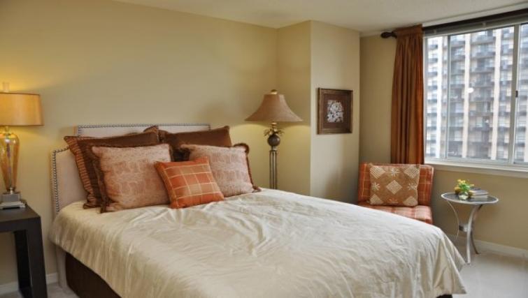 Bedroom at Meridian at Pentagon City