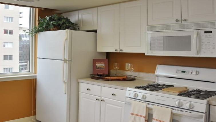 Kitchen at Meridian at Pentagon City