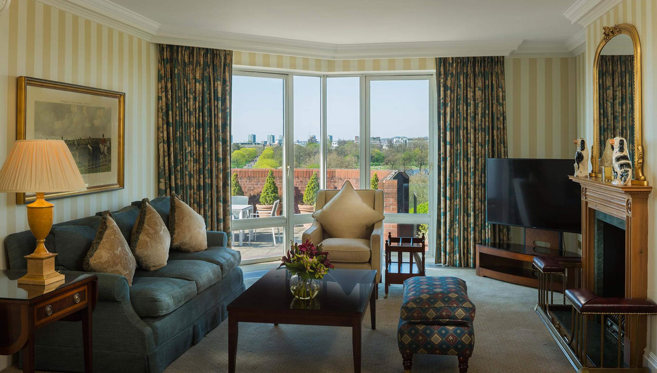 Blue living area at Cheval Thorney Court