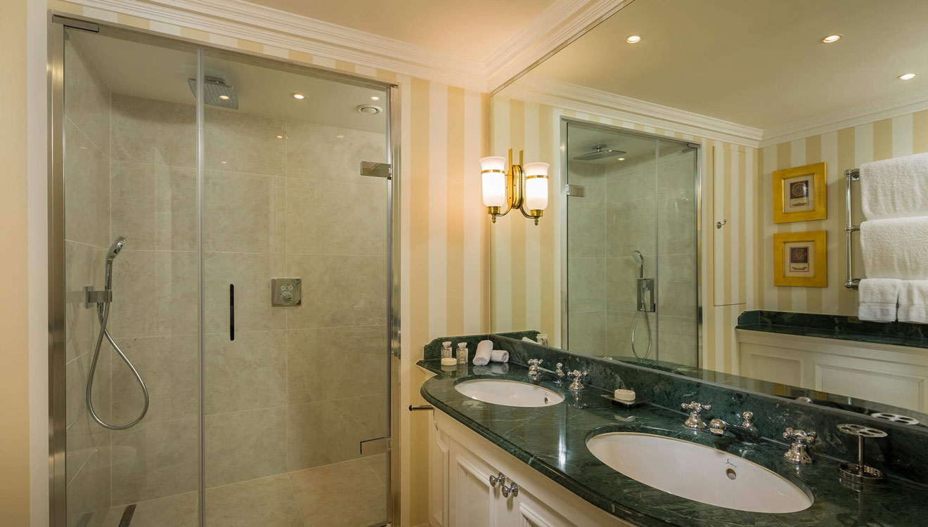 Shower at Cheval Thorney Court