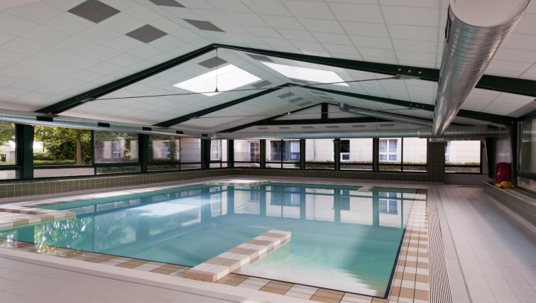 Swimming pool at Adagio Marne La Vallee Val d'Europe