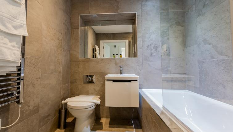 Full bathroom at Bury Fields House Apartments