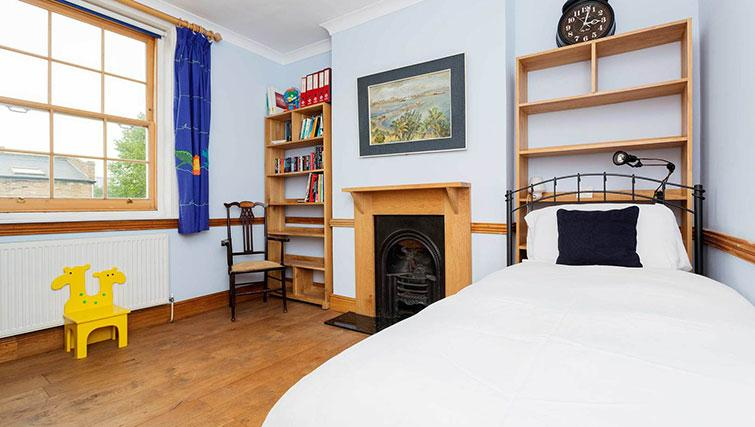 Bed at Englefield Road House