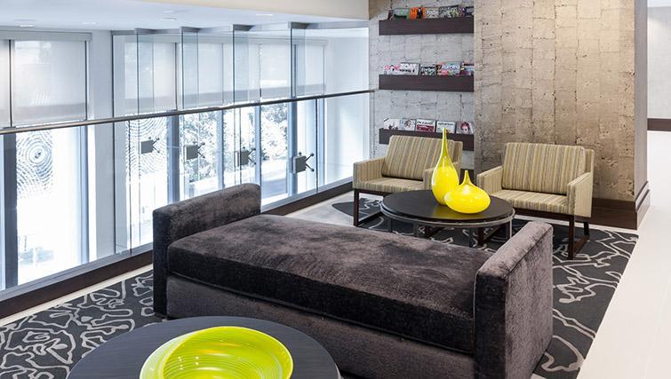 Living space at Bainbridge Bethesda Apartments