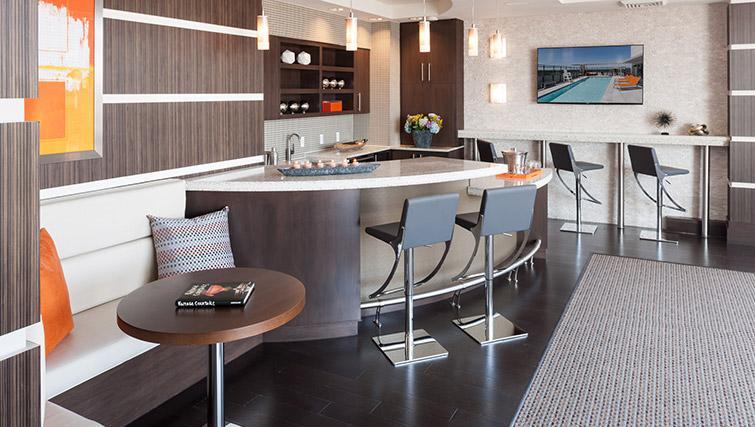 Kitchen at Bainbridge Bethesda Apartments