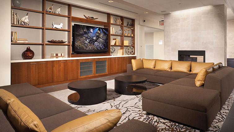 Clubhouse at Metropolitan Park Apartments