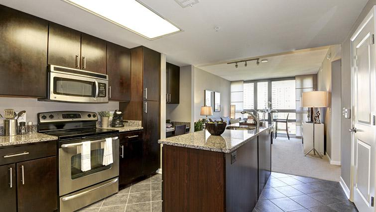 Kitchen at Metropolitan Park Apartments
