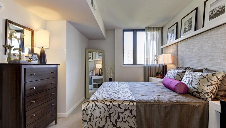 Bedroom at Metropolitan Park Apartments