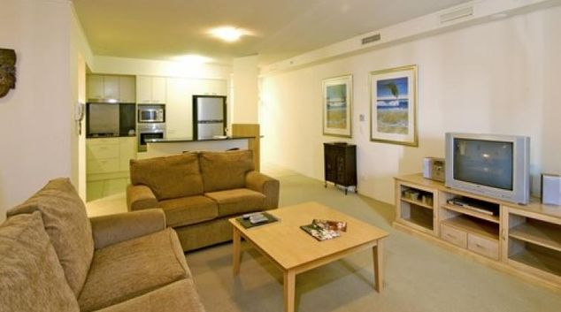 Comfortable living area at Mantra Broadbeach on the Park