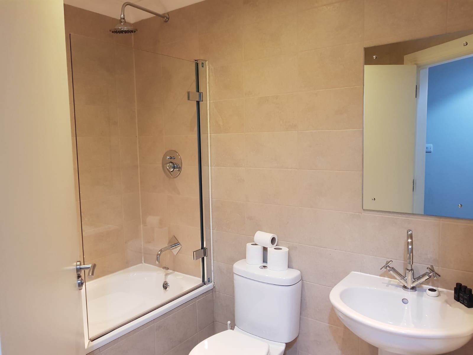 Bathroom at West Tollcross Apartments