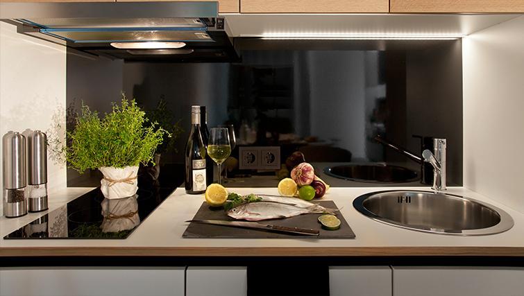Kitchen at Munich Parkstadt Schwabing Apartments