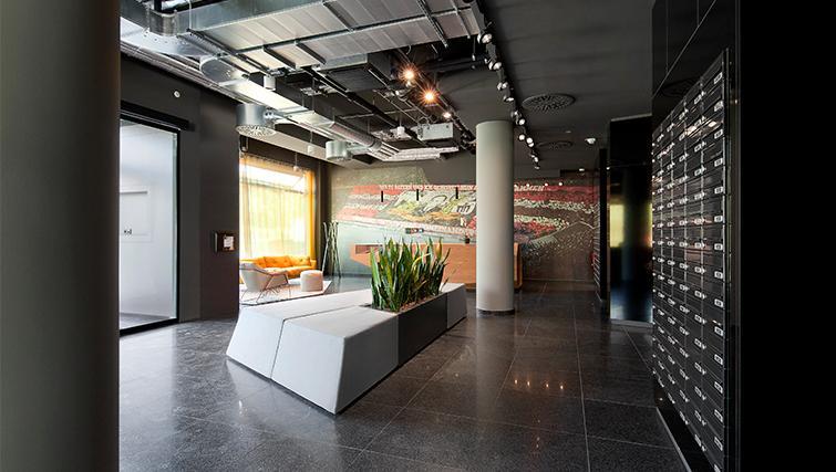 Lobby area at Munich Parkstadt Schwabing Apartments