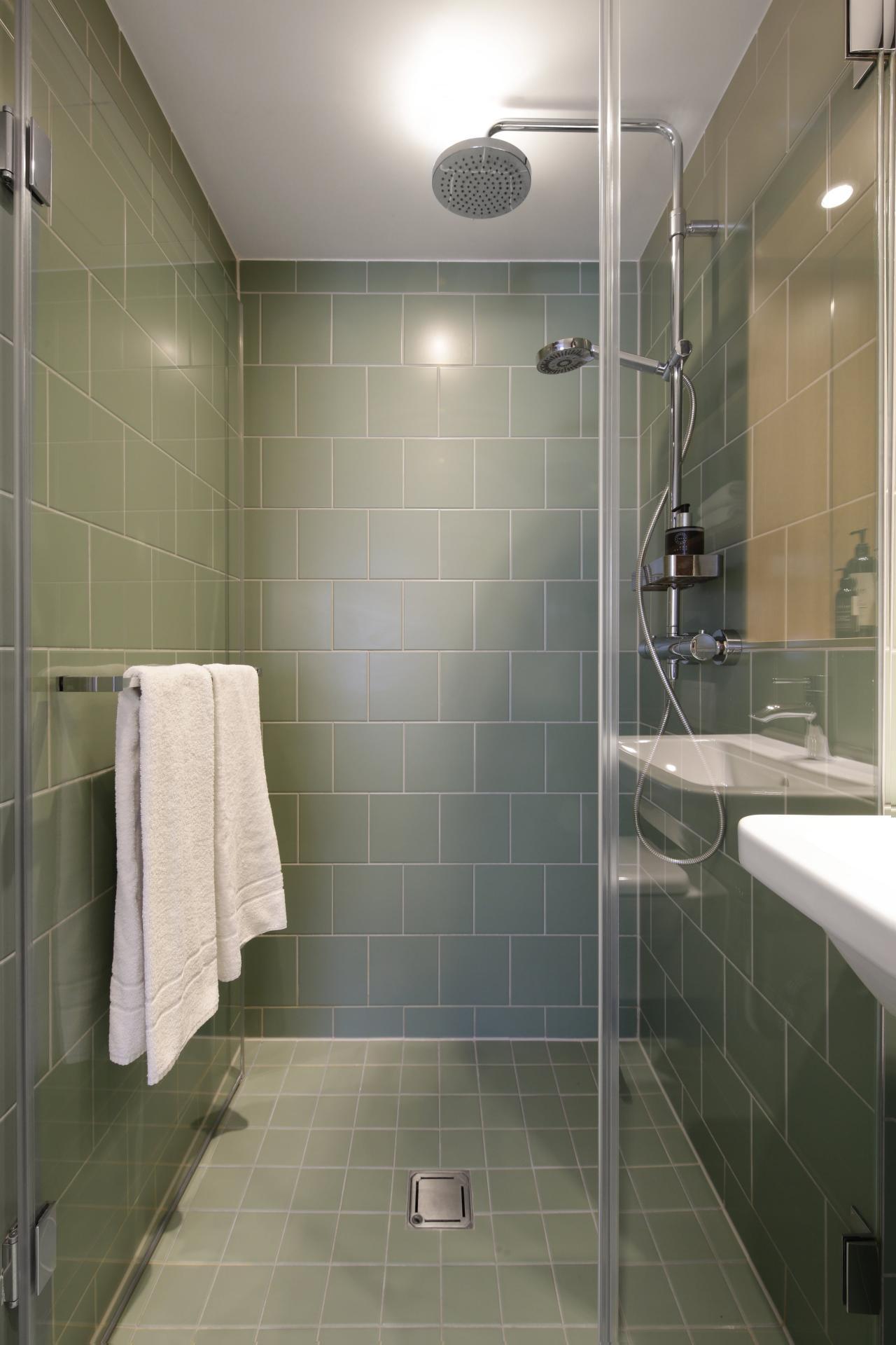 Shower at Smartments Munich Apartments, Schwabing-West, Munich