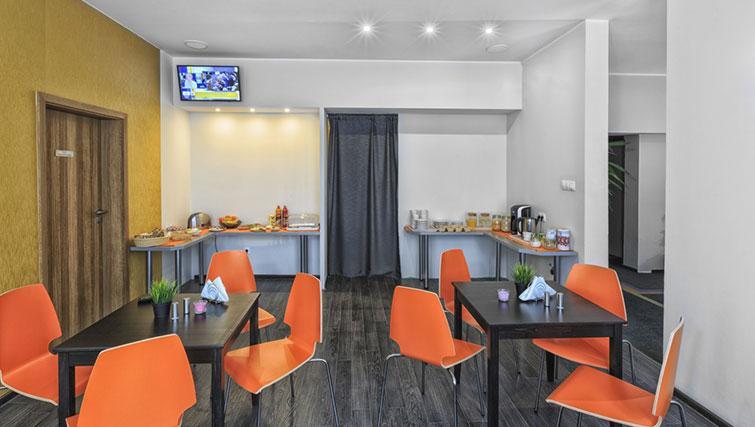Breakfast area at City Residence Łodź