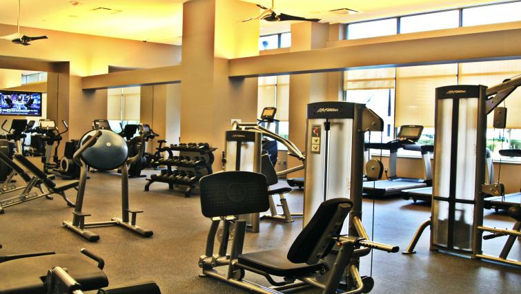 Gym The Acadia at Metropolitan Park Apartments