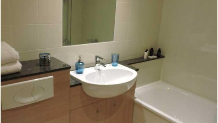 Bathroom at Five Lamps Suites