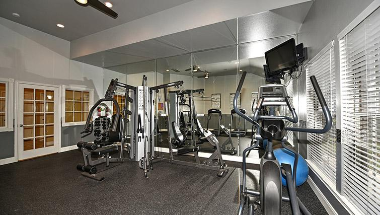 Fitness centre at Walkers Ranch Apartments