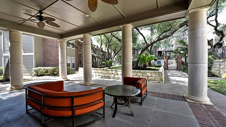 Outdoor space at Walkers Ranch Apartments