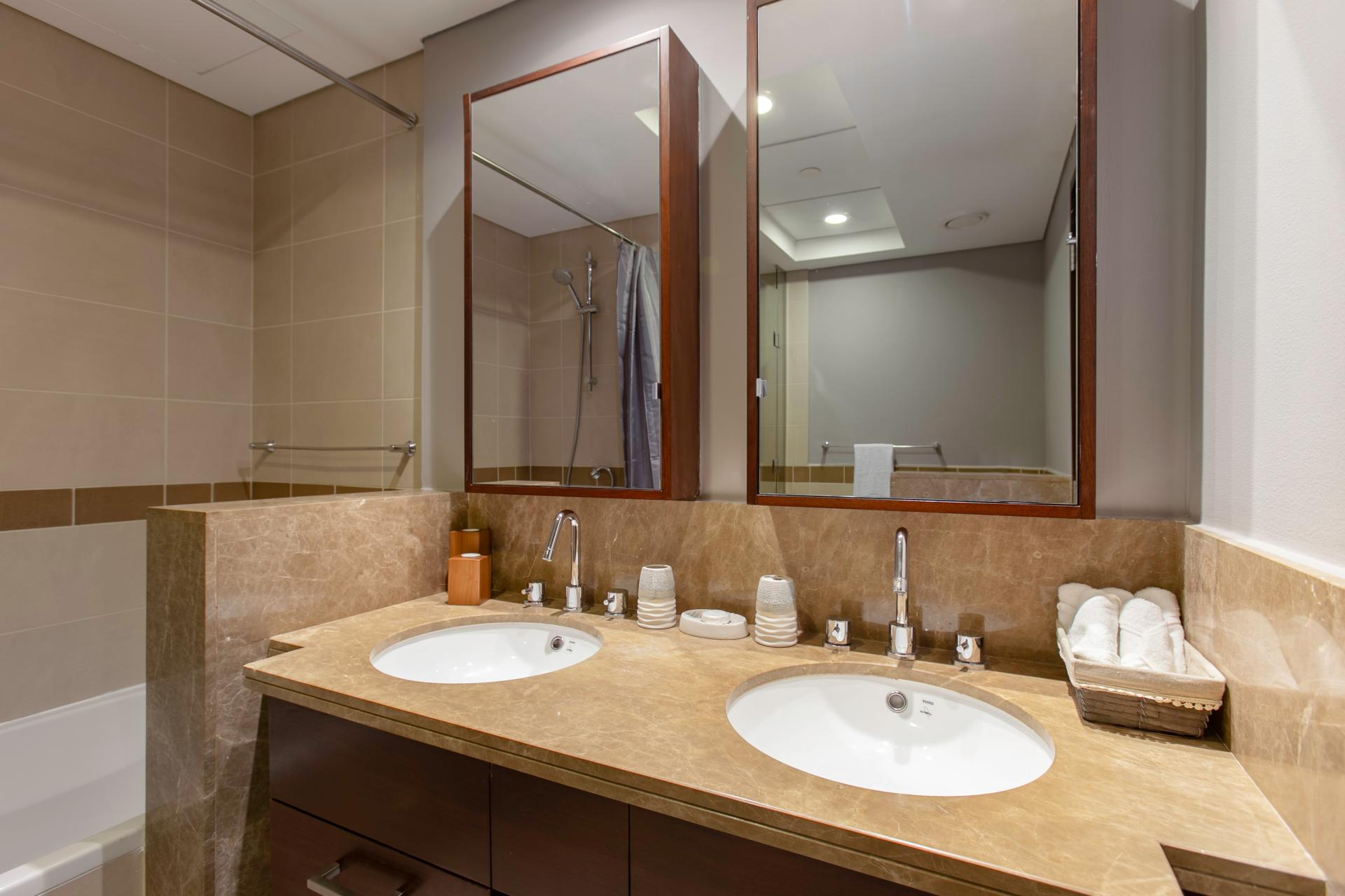 Sinks at DIFC Index Tower Apartment