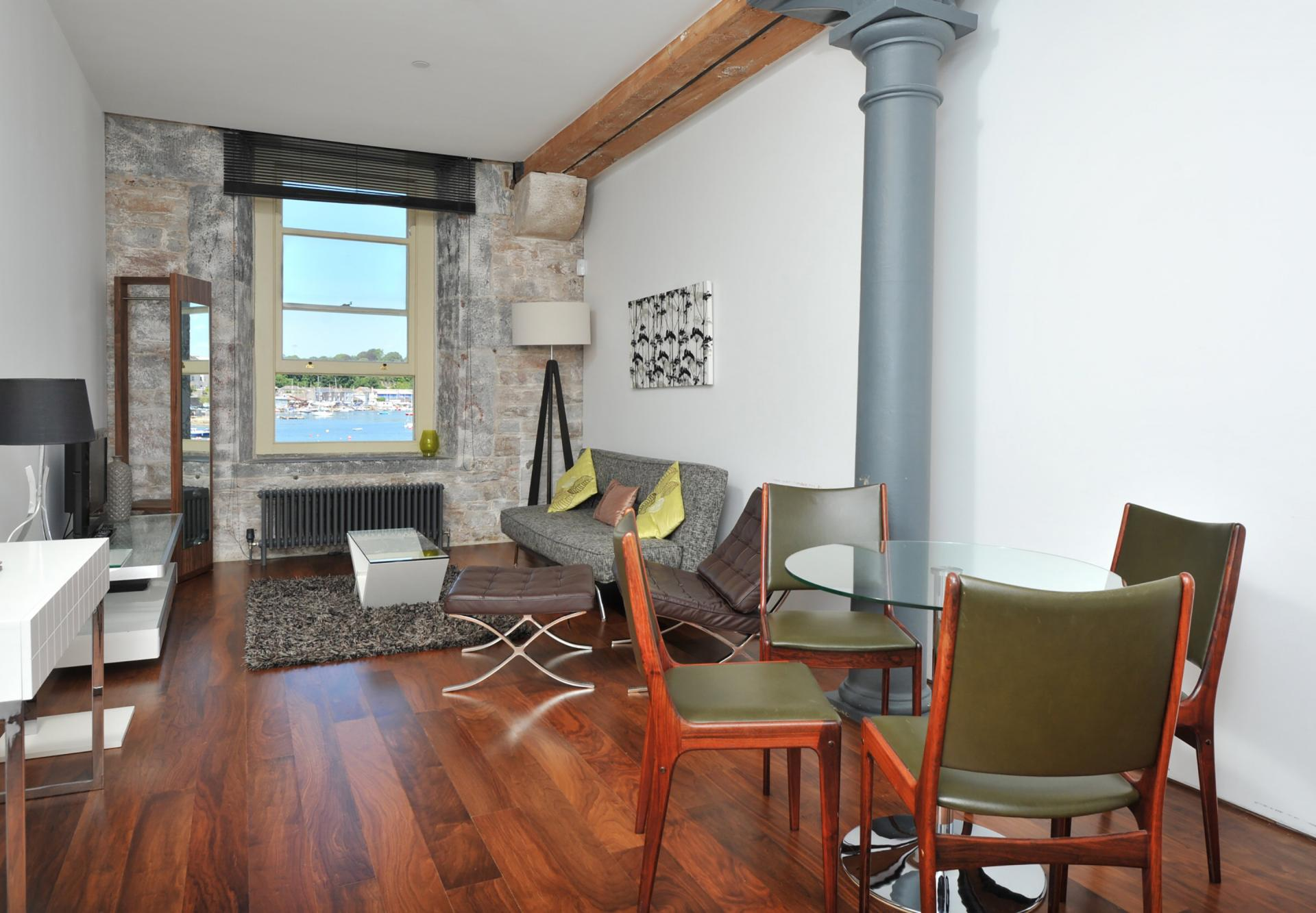 Dining table at Drakes Wharf Apartments