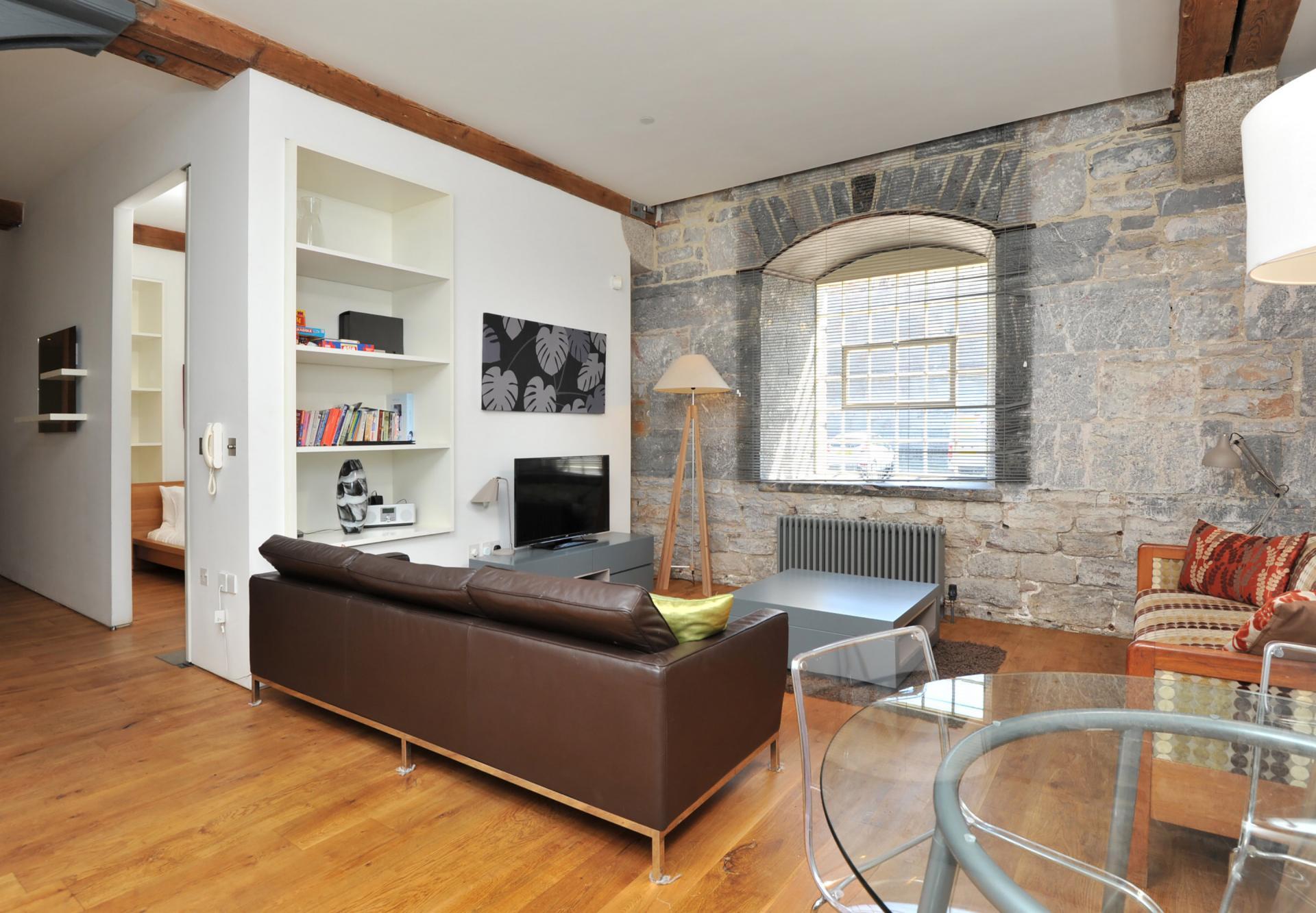 Spacious open-plan area at Drakes Wharf Apartments