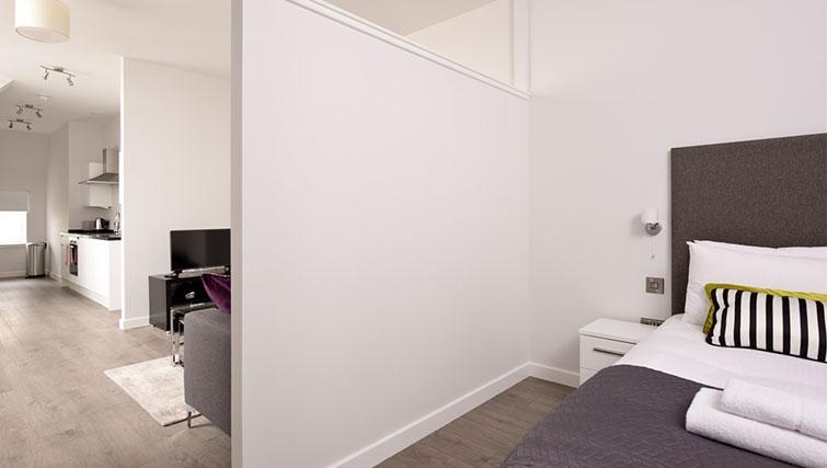 Studio room at Glassford Residence
