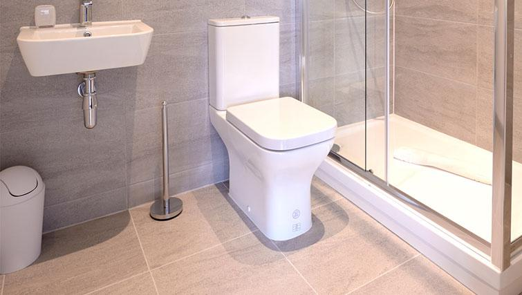 Toilet at Glassford Residence