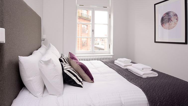 Cosy bedroom at Glassford Residence