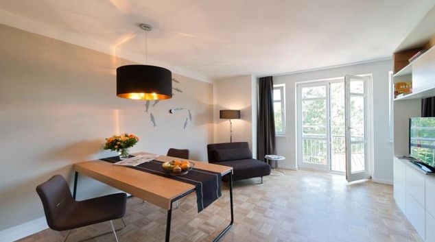 Stylish living space at Smartments Hamburg Außenalster Apartments