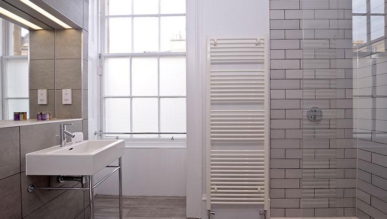Shower room at Distillers House