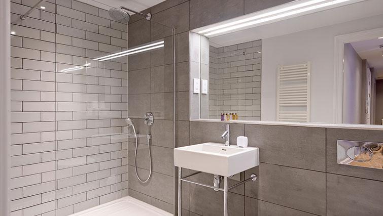 Stylish bathroom at Distillers House