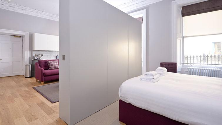 Open plan bedroom at Distillers House